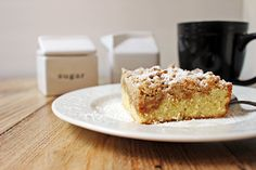 NY Style Coffee Crumb Cake A delicious NY Crumb Coffee Cake like you'd find in your favorite coffee shop. A tender cake with chunks of buttery cinnamon sugar crumble. Food Cakes, Cupcake Cakes, Cupcakes, Sweet Recipes, Cake Recipes, Dessert Recipes, Healthy Recipes, Cake Portions, Crumb Coffee Cakes