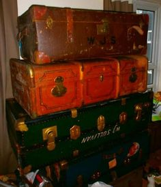 Vintage sea-chest suite cases