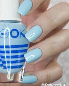 @naillook_ru new Naitical. Очень миленький голубой плотный и укрывистый. Отлично идёт в 2 слоя сохнет на пятерочку!