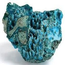 Chrysocolla - silicate, appear in gossan / oxide ores. Minerals And Gemstones, Rocks And Minerals, Crystal System, Mineralogy, Crystal Magic, Mineral Stone, Rocks And Gems, Stones And Crystals, Magick