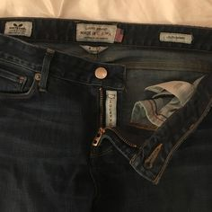 Lucky Brand Lolita Skinny Jeans Size 27 Dark wash skinny jeans with tons of stretch! Extremely flattering and comfortable. Made in the USA! Lucky Brand Jeans Skinny