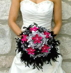 Paper Kusudama Flower bouquet. Great DIY project for weddings