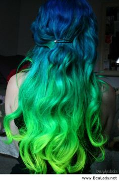 Awesome hair colour – from blue to green - BeaLady.net #Seahawks #12th Man