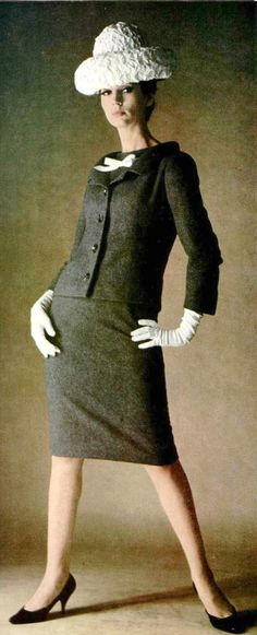 Simone d'Aillencourt in gray wool suit by Guy Laroche, photo by Emerick Bronson, 1964