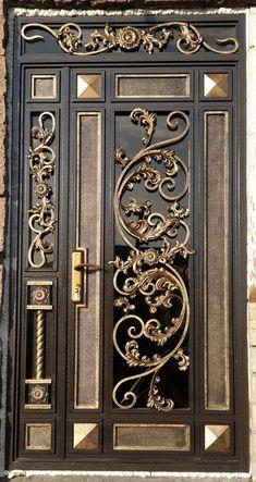 Iron Gate Design, House Gate Design, Adams Family House, Wooden Main Door Design, Wrought Iron Doors, Door Gate, Modern Door, Iron Art, Iron Gates