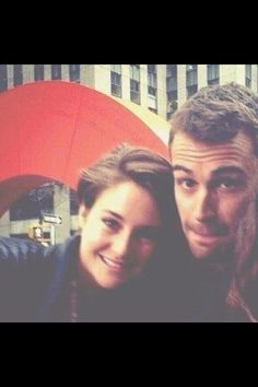 Theo James and Shailene Woodley they would seriously make the cutest couple #sheo Hope they'll become true couple!