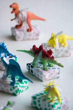 Third Birthday, Boy Birthday, Birthday Gifts, Birthday Parties, Birthday Ideas, School Birthday Treats, Dinosaur Birthday Party, Diy For Kids, Gifts For Kids