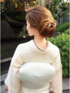 ヘアセットサロン イリス(IRIS)★IRIS★大人きれい着物スタイル Bun Hairstyles, Wedding Hairstyles, Hair Arrange, Hair Setting, Japanese Hairstyle, Asian Hair, Japanese Outfits, Vogue, Kimono Fashion