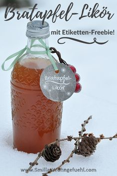 Bratapfel-Liköer-selber-machen-Etiketten-Freebie You are in the right place about alcoholic drinks e Cake Games, Liqueur, Christmas Drinks, Pumpkin Spice Cupcakes, Vegetable Drinks, Baked Apples, Non Alcoholic Drinks, Pork Roast, Ice Cream Recipes