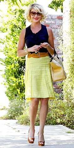DOUBLE-BUCKLE BELTS  Waist-cinching gets twice as nice with wide, two-closure belts, as seen on Katherine Heigl. Don't force it through the belt loops of your jeans, though, since that can look messy. Instead, stick to layering it over skirts, dresses and long tops or sweaters.