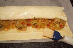 HOJALDRE DE VERDURAS Y QUESO 9 Sin Gluten, Flan, Cheesesteak, Hot Dog Buns, Gourmet Recipes, Tapas, Queso, Sandwiches, Food And Drink