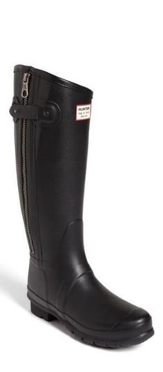Hot for fall: Rag & Bone Hunter boots.