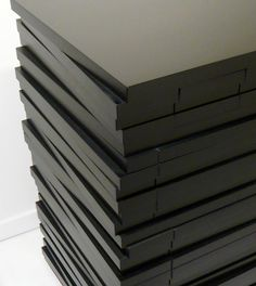commode barre noire
