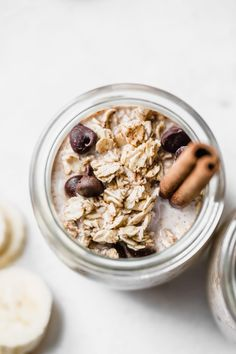 chocolate chip overnight oats with CINNAMON #vegan