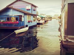 Houseboat Community!