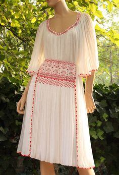 Stylish Dress Designs, Stylish Dresses, Fashion Dresses, Kurta Designs Women, Embroidery Dress, Maxi Dress With Sleeves, Blouses For Women, Designer Dresses, Beautiful Dresses