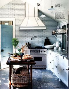 love all these elements together // kitchen