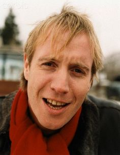 rhys ifans astrotheme