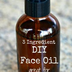 3 ingredient DIY face oil - great for anti-aging! Best Ever Potato Salad, Homemade Funnel Cake, Homemade Cough Syrup, Sausage Gravy, Face Oil, Laundry Detergent, Diy Skin Care, 3 Ingredients, Homemaking