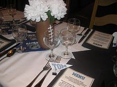 Dallas Cowboy-themed place card pennants using cardstock and binder clips