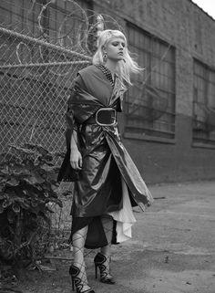 Photography EVA TUERBL | Styling OLIVIA WEEDEN | Hair MIRNA JOSE | Make up JULIET JANE | Model ANA @ MAJOR MODELS NY