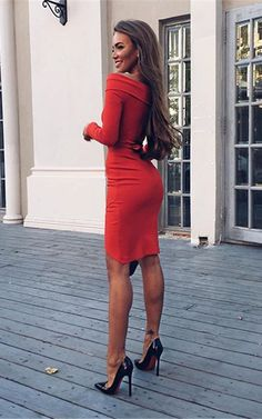 Can you keep your eyes off her? That could be you! | The Little Red Dresses To Make You The Party Knockout