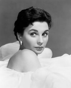 Jean Simmons - This Could Be the Night, Best Actress - Comedy or Musical Jean Simmons, Old Hollywood Glamour, Vintage Hollywood, Hollywood Stars, Classic Hollywood, Vintage Glam, Vintage Beauty, British Actresses, Hollywood Actresses