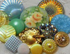 "Vintage Metal Vtg Glass Rhinestone Ceramichand ptd Signed ""Yellow Roses"" Button | eBay"