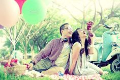 Prewedding photos available at these diverse concepts. If you are still confused to use the concept of what would be selected this time Belle will give you an idea colorful life. Give the feel cheerful and colorful for your wedding day.