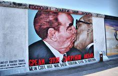 De Kus door Dmitri Vrubel #Berlijnse-muur