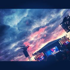 Amazing #sunset #sky #clouds #concert #music #metallica