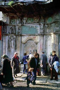 Twitter Eminoun'nda Hatice Sultan Çeşmesi 1974, Ara Güler