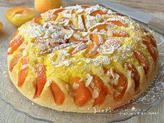 Torta di albicocche e crema pasticcera, sofficissima con tanta frutta e senza burro nell'impasto, ottima a colazione e merenda, leggera e gustosa