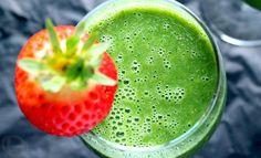 Kale-Apple Green Smoothie
