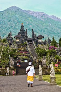 5 must-see temples in BALI, Indonesia Bali Travel Guide, Thailand Travel, Asia Travel, Cambodia Travel, Vacation Travel, Travel Destinations, Travel List, Temple Bali, Borobudur Temple