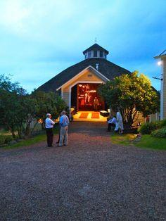 Vermont Barn Wedding, Inn at Round Barn Farm, Mad River Valley Vermont, Summer Wedding