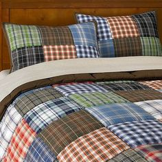 These would be so nice on the boys' beds Patchwork Quilt (This is from pottery barn) Flannel Quilts, Plaid Quilt, Shirt Quilts, Plaid Flannel, Man Quilt, Boy Quilts, Quilt Modernen, Pottery Barn Teen, Patch Quilt