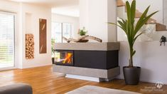 Seitenansicht moderner Heizkamin #Moderner Heizkamin #modern Fireplace #Ofen #moderner Ofen #Ofenkunst www.Ofenkunst.de