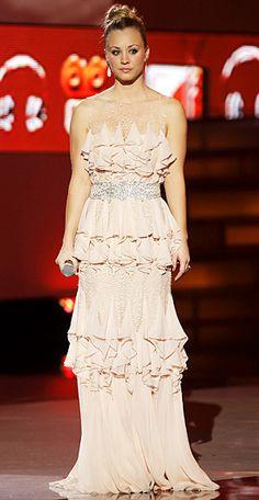Kaley Cuoco in Badgley Mischka at the People's Choice Awards