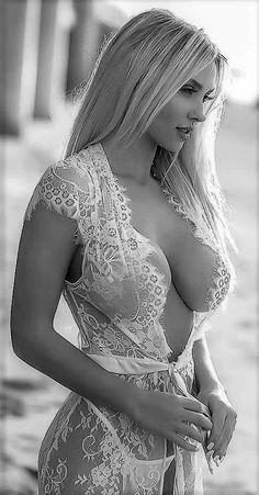 Beauté Blonde, Blonde Beauty, Hair Beauty, Cheap Maxi Dresses, Femmes Les Plus Sexy, Glamour, Black N White Images, Sensual, Fit Women