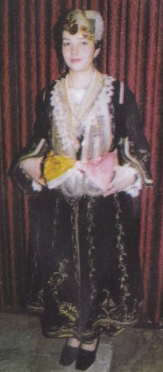 Albanian costume from Lunxheri