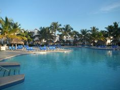 Be Live Canoa   La Romana, Republique Dominicaine   Idéal pour les vacances en famille, les enfants ont leurs plages et piscines réservé, ainsi qu'un mini-club et un kids-club.