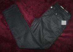 WOMEN'S LEVI STRAUSS & CO NWT $79.99 BLACK SKINNY JEANS SIZE (33 x 30)