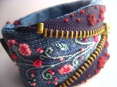 bracelet denim Source by Bracelet Denim, Fabric Bracelets, Cuff Bracelets, Embroidery Bracelets, Embroidery Stitches, Jean Crafts, Denim Crafts, Textile Jewelry, Fabric Jewelry