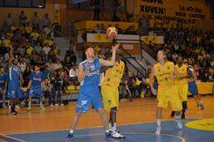 O equipo marinense gañou os tres enfrontamentos ante o Xuven dende o ascenso de ambos os dous á liga LEB Prata