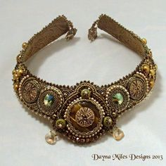 Anjuli - Bead Embroidered Bead Woven Collar Necklace Gold Green Statement