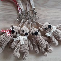 Komplet 🐻 #miś #bear #teddy#teddybear#brelok#breloczek #crochet#crocheting#keyholder #keyholders#rekodzielo #handmade#polkarobisama#madeinpoland #zrobionewpolsce #robioneręcznie #robionerękami#craft#crafter Christmas Ornaments, Holiday Decor, Instagram, Home Decor, Decoration Home, Room Decor, Christmas Jewelry, Christmas Decorations, Home Interior Design
