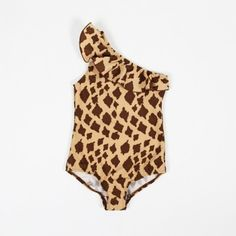Erhältlich in Gr. 80/86cm. Giraffe Swimsuit Giraffe beige/brown Swimsuit With Giraffe Print, One Sleeve and Frill by Chest. Composition: 82% Polyamide 18% Spandex