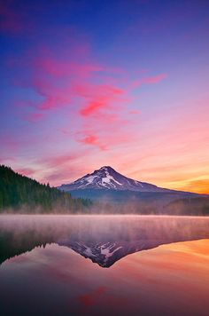 ✯ Magic Morning on Trillium Lake