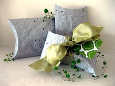 DIY seeded paper pouches